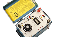 MEGGER MOM200A Micro-Ohmmeter